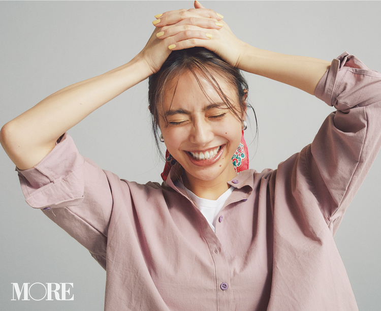 春のシャツコーデ特集《2019年版》- 20代女子におすすめ!オフィスカジュアルにちょうどいい きれいめシャツのコーディネートまとめ_4