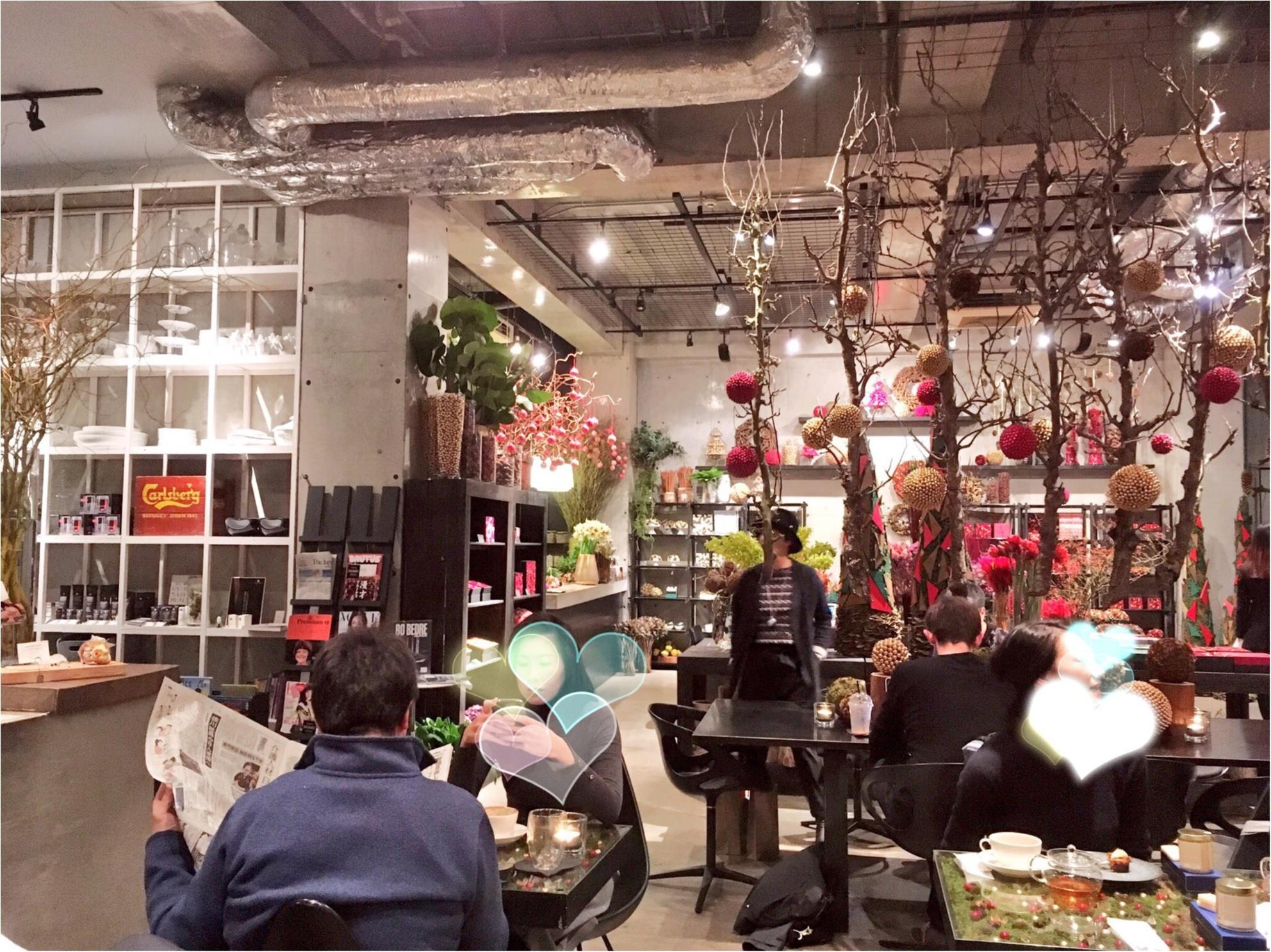 SNS映え確実♡南青山『ニコライバーグマン ノム』でお花に囲まれながら優雅なティータイムを…(﹡´◡`﹡ )_5