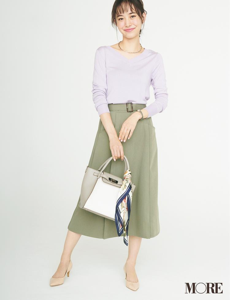 ベージュコーデ特集(20代後半女子向け)- 春におすすめのワンピースやスカート、靴などのコーディネートまとめ_31