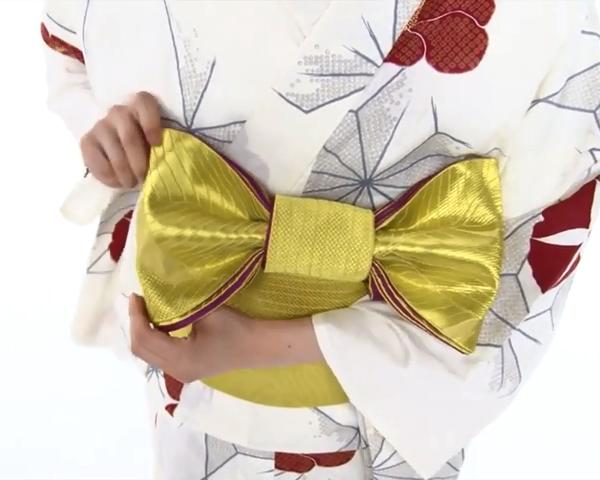 【わかりやすい動画付き】浴衣のセルフ着付け・帯の結び方 - 一人でできる! 女性の浴衣の着方は?_66
