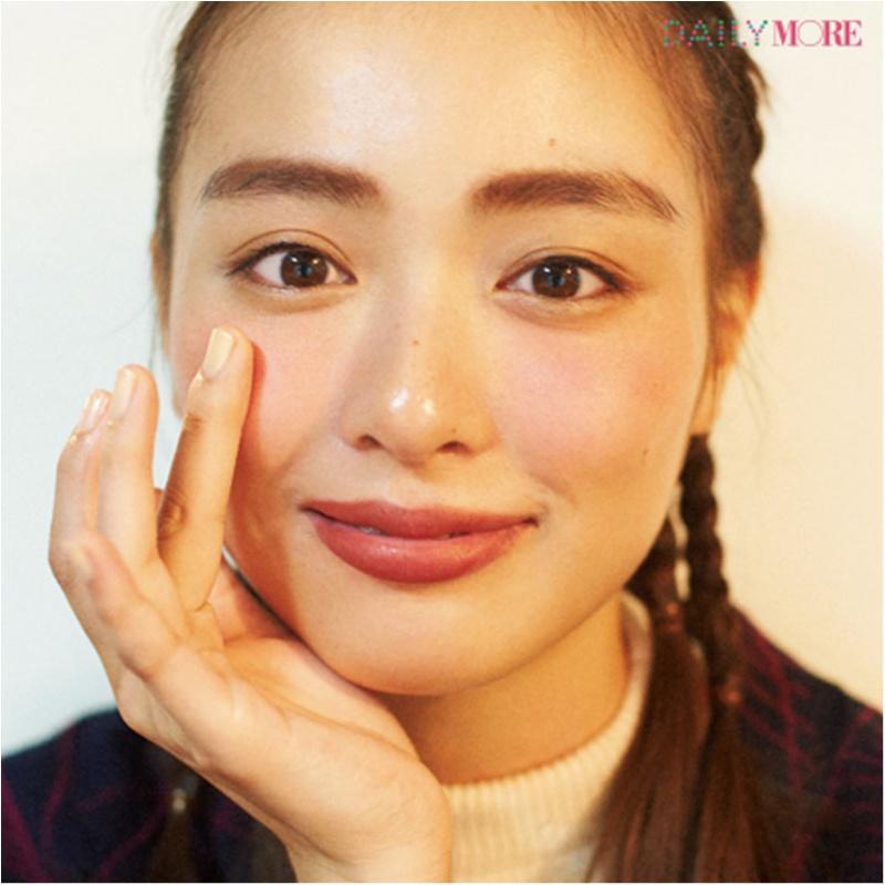 内田理央&イガリシノブさんが提案!「彼と陶芸教室の日」は「高揚ほっぺの愛嬌フェイスメイク」が断然愛される♪_3_2