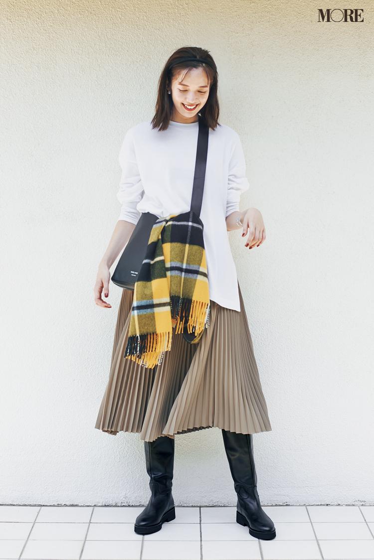 """新しく買わなくってもいいじゃん♡ ベージュのプリーツスカートは""""3足の靴""""で新鮮さがよみがえる!_1"""