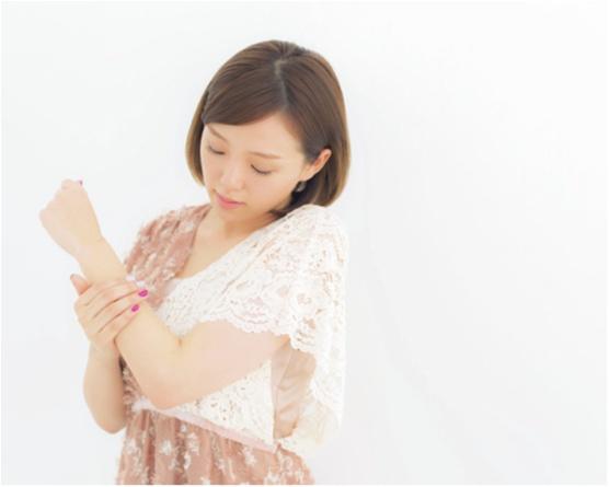 ふわふわの肌をキープする方法♡ 篠崎愛さんの「やわ肌テク」は、角質ケア&全身保湿にあり!_5