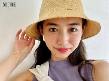 井桁弘恵が、おすすめアイテムをかぶってパシャり♡【モデルのオフショット】