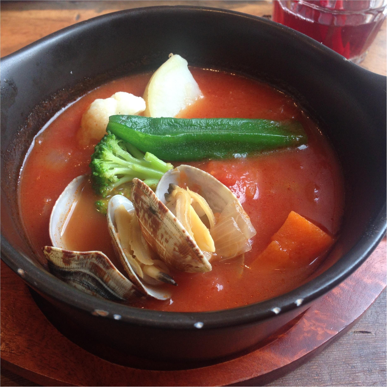 【新宿】え、新宿にこんな素敵なレストランあるの知ってた!?絶対リピートしたいお店発見\(^o^)/パン、パクチー食べ放題もやってるよ〜_6