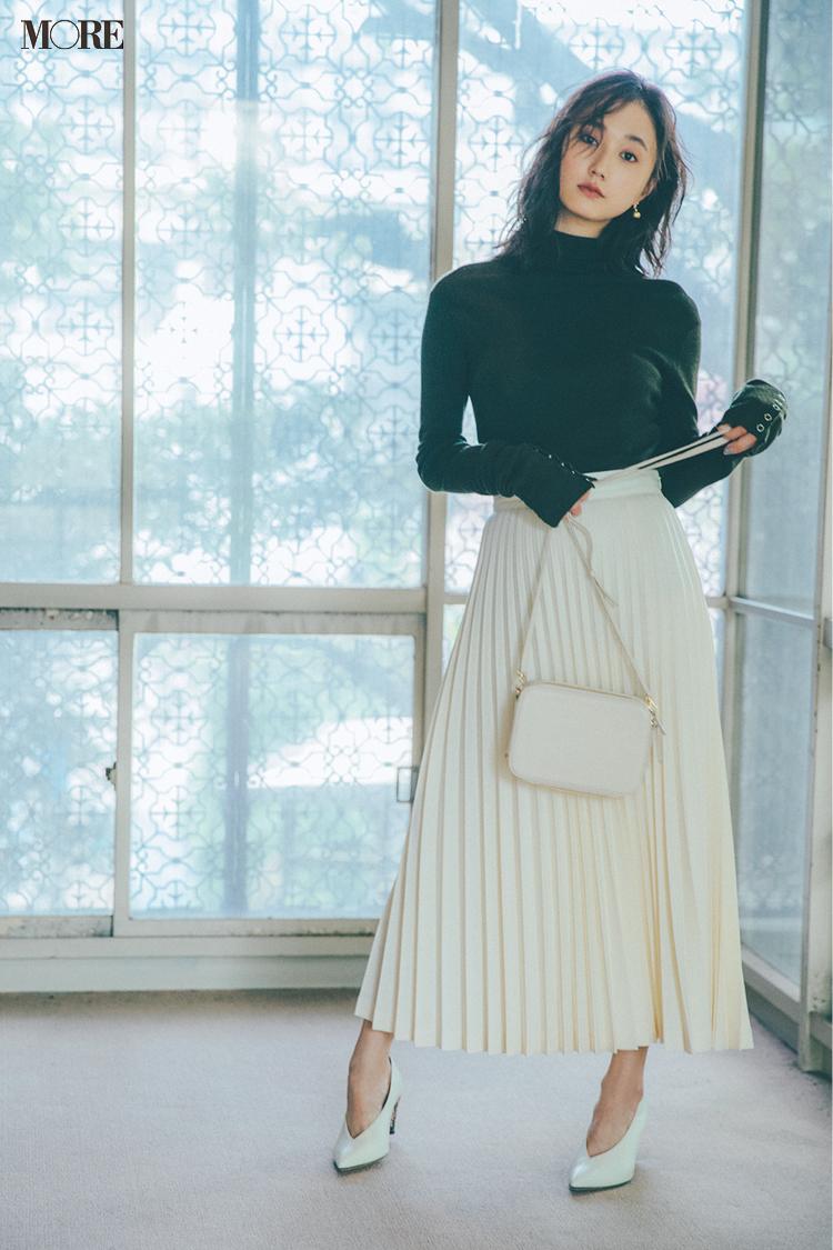 【今日のコーデ】<鈴木友菜>記念日デートはリブニットにプリーツスカートの直球フェミニンがいい♡_1
