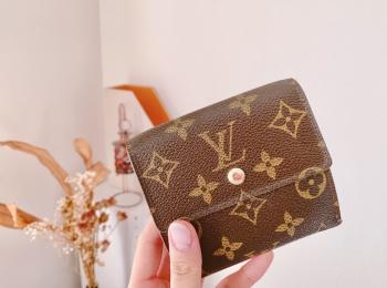【20代女子の愛用財布】『LOUIS VUITTON』の定番モノグラム財布❤︎