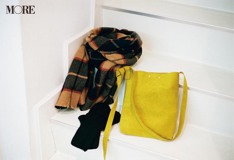 佐藤勝利が選んだ冬小物のバッグとマフラーと手袋