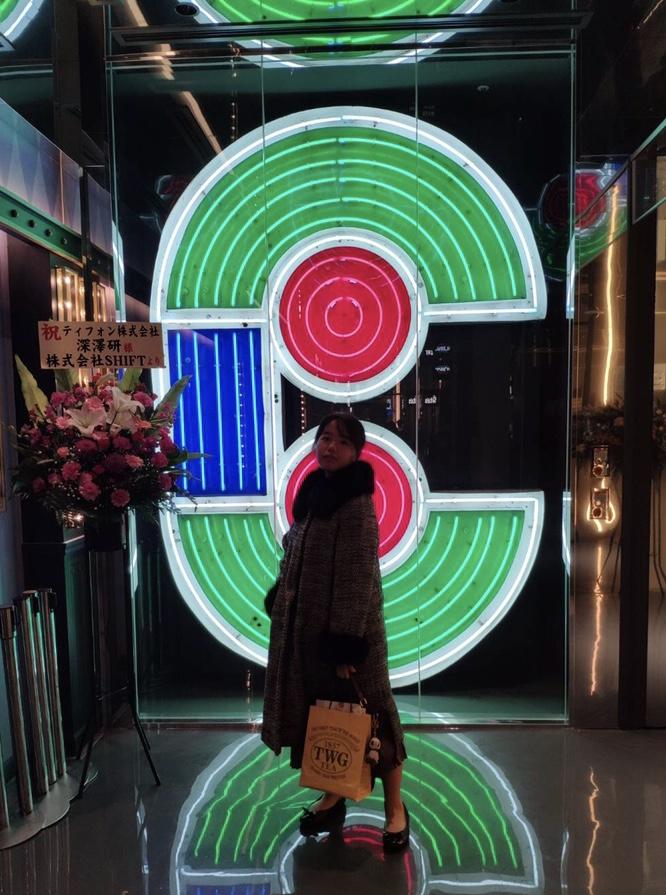 【渋谷PARCO】お花屋さん×ワインスタンド♡THE LITTLE BAR OF FLOWERSで癒しのひととき♪_2