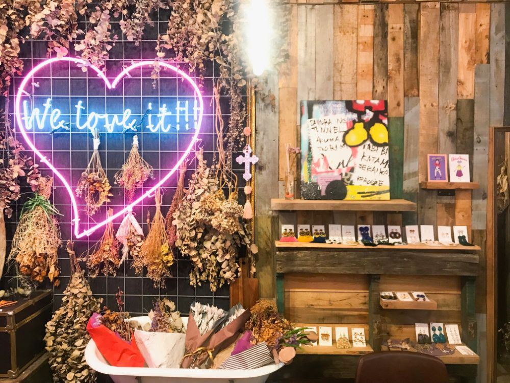 沖縄女子旅特集 - 夏休みにおすすめ! おしゃれなインスタ映えカフェ、観光スポットまとめ_3