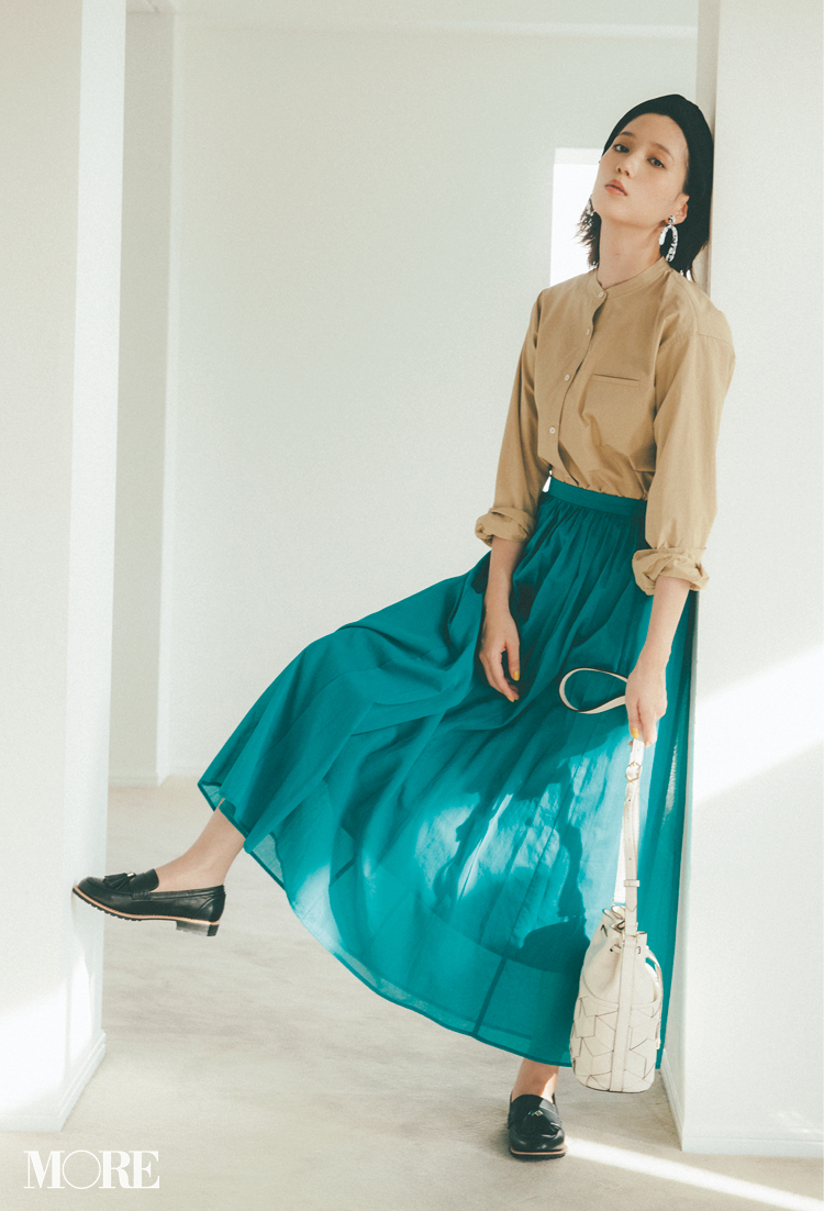 本田翼が魅せるローファーコーデ♡ 大ヒット中アイテムでスカートもパンツもおしゃれになる!_1_1