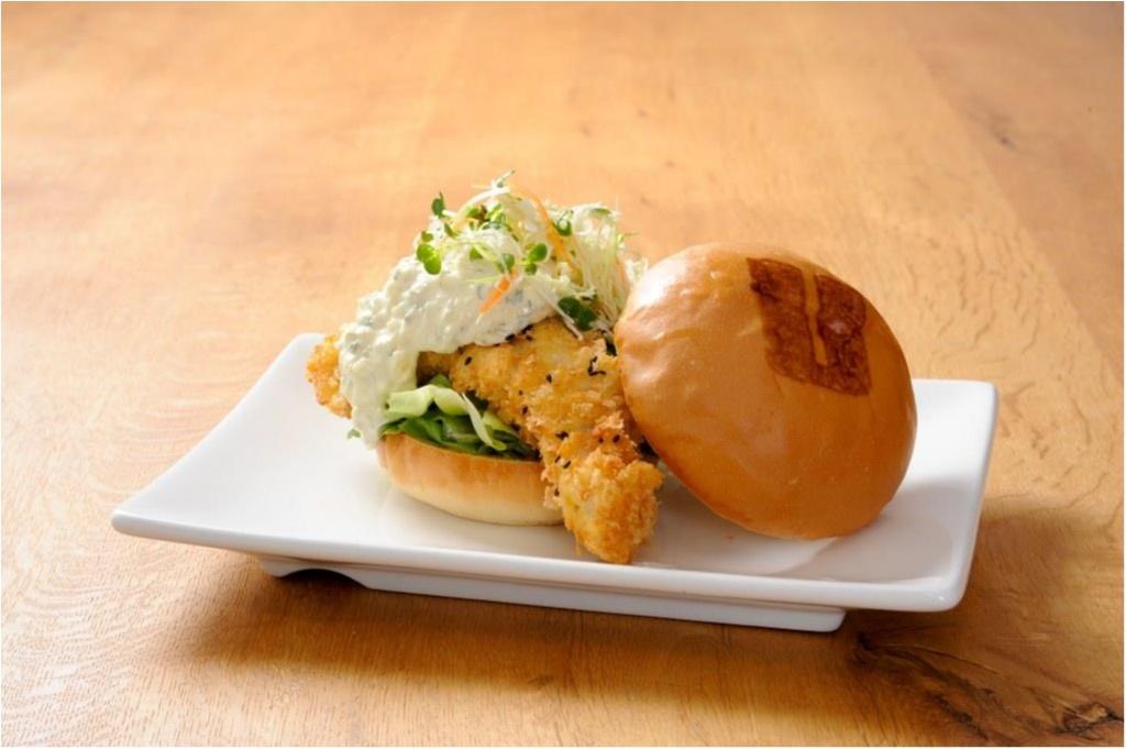 明日3/24(金)日本初上陸! 『ウマミバーガー』第1号店で日本限定ハンバーガーをガブッと☆_2