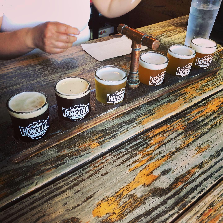 """<ハワイ>ビール好きのモアガール必見!オシャレ壁のあとは、クラフトビールが飲める人気ブルワリー""""ホノルル・ビアワークス""""へ!♡_6"""