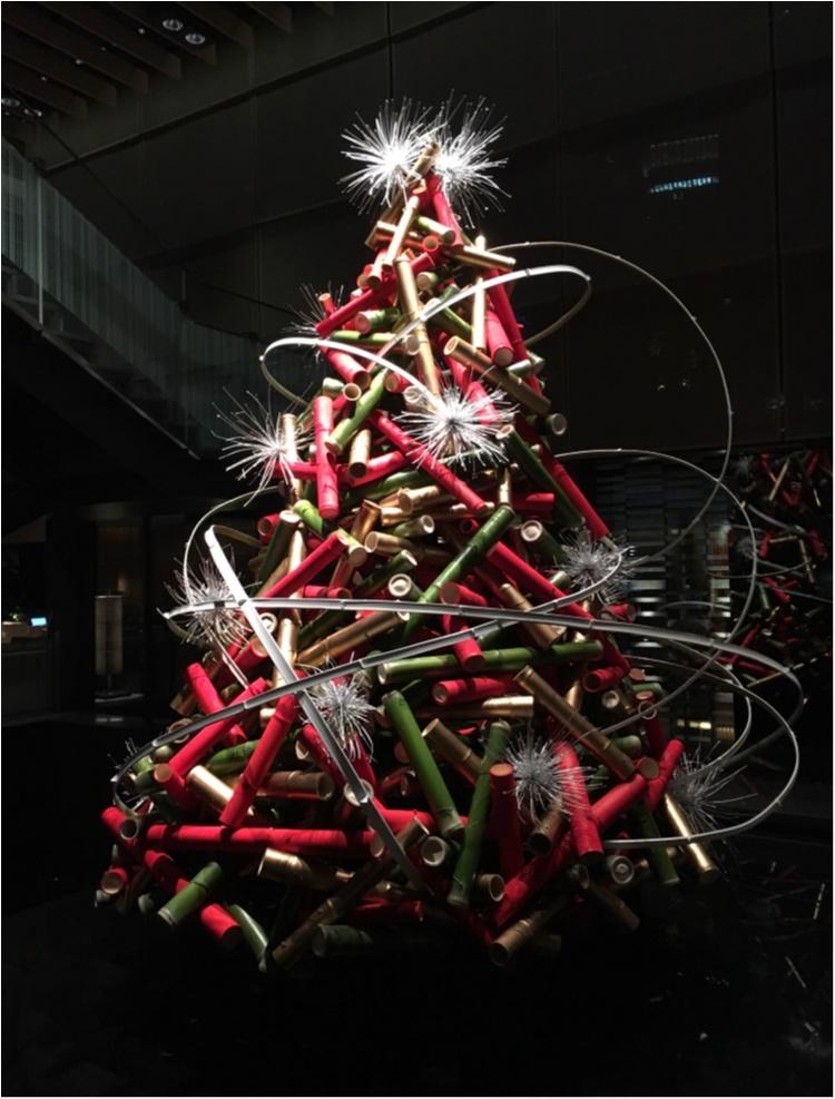 【クリスマスまであと4日!】クリスマスツリーでカウントダウン☆ 暗闇に浮かぶ竹のツリー@ザ・キャピトルホテル東急_1