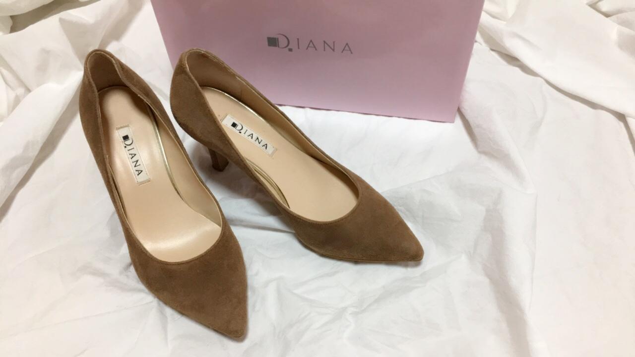 華奢美脚に見せてくれるのはやっぱり【DIANA】のパンプス♡_1