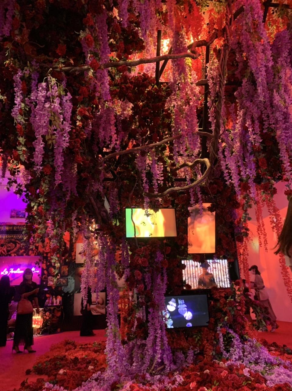11/14(日)まで!上野の森美術館で開催中の蜷川実花展に行ってきました!_9