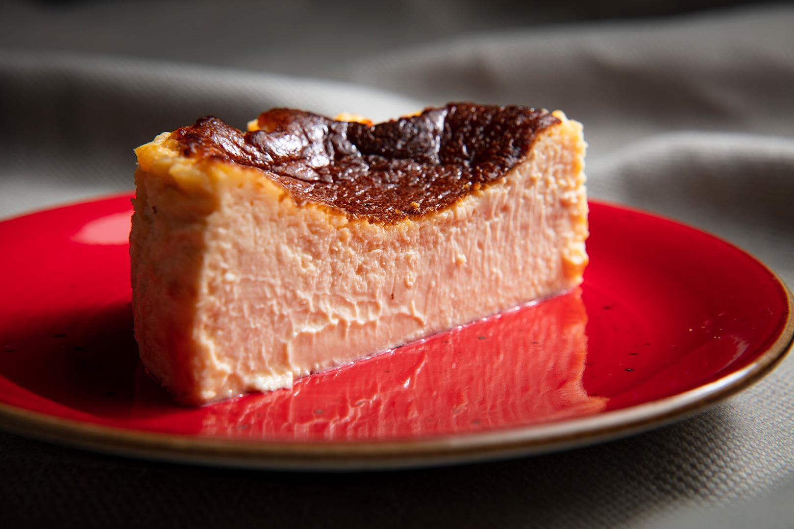 「No.1 CHEESECAKE」にスペシャルパッケージが限定登場♡ 絶品チーズケーキのおいしさに魅せられて_2