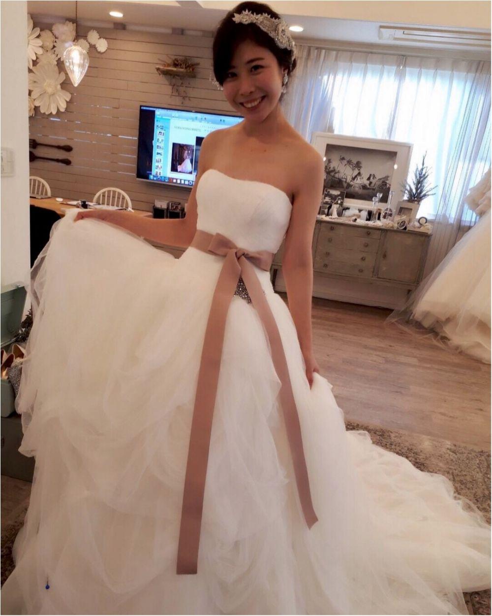 卒花さんに聞く【ドレス特集】-  結婚式・二次会におすすめ! プレ花嫁さんに人気のおしゃれなウェディングドレスは?_20