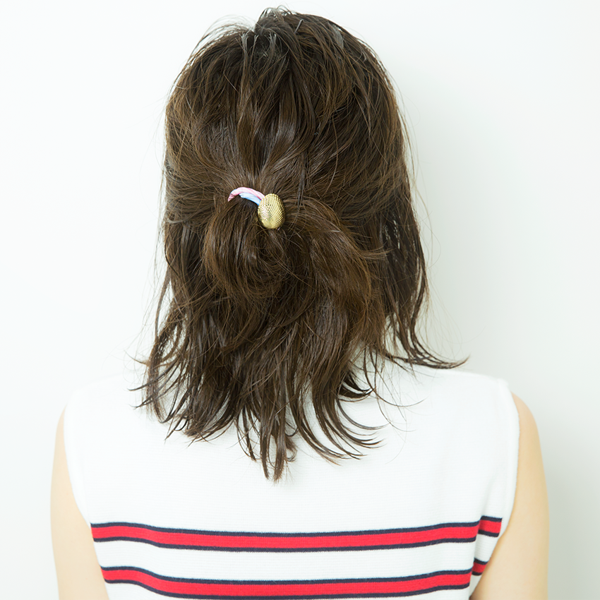 次くるヘアアレンジ5つのHOT TIPS♡『女っぽだんごは後れ毛で彩る♡』_3