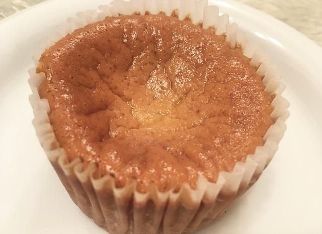 【セブンイレブン】キャラメルバスクチーズケーキを食べてみた_3