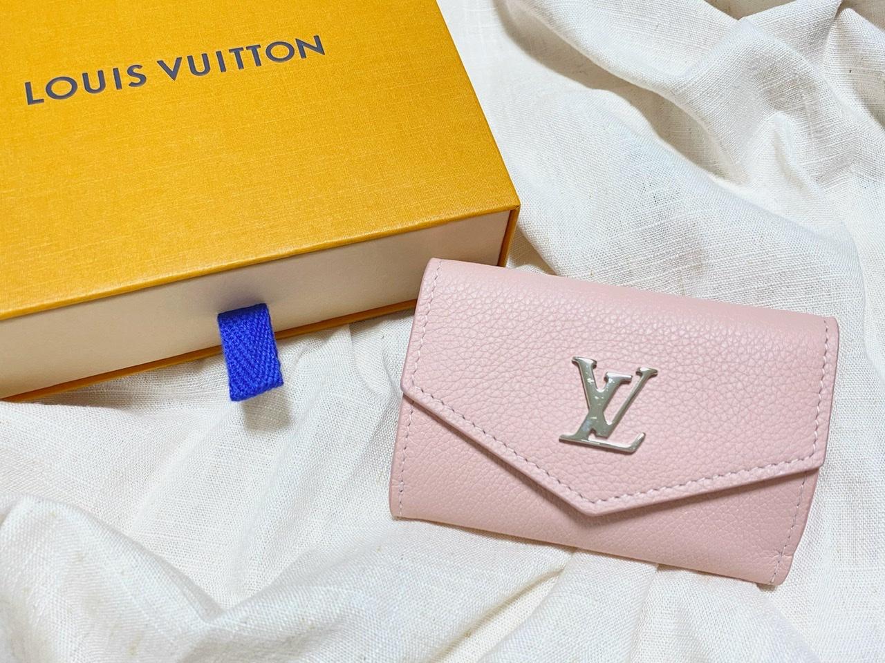 【20代女子の愛用財布】ルイヴィトンの持ち運び便利な三つ折りミニ財布♡_1