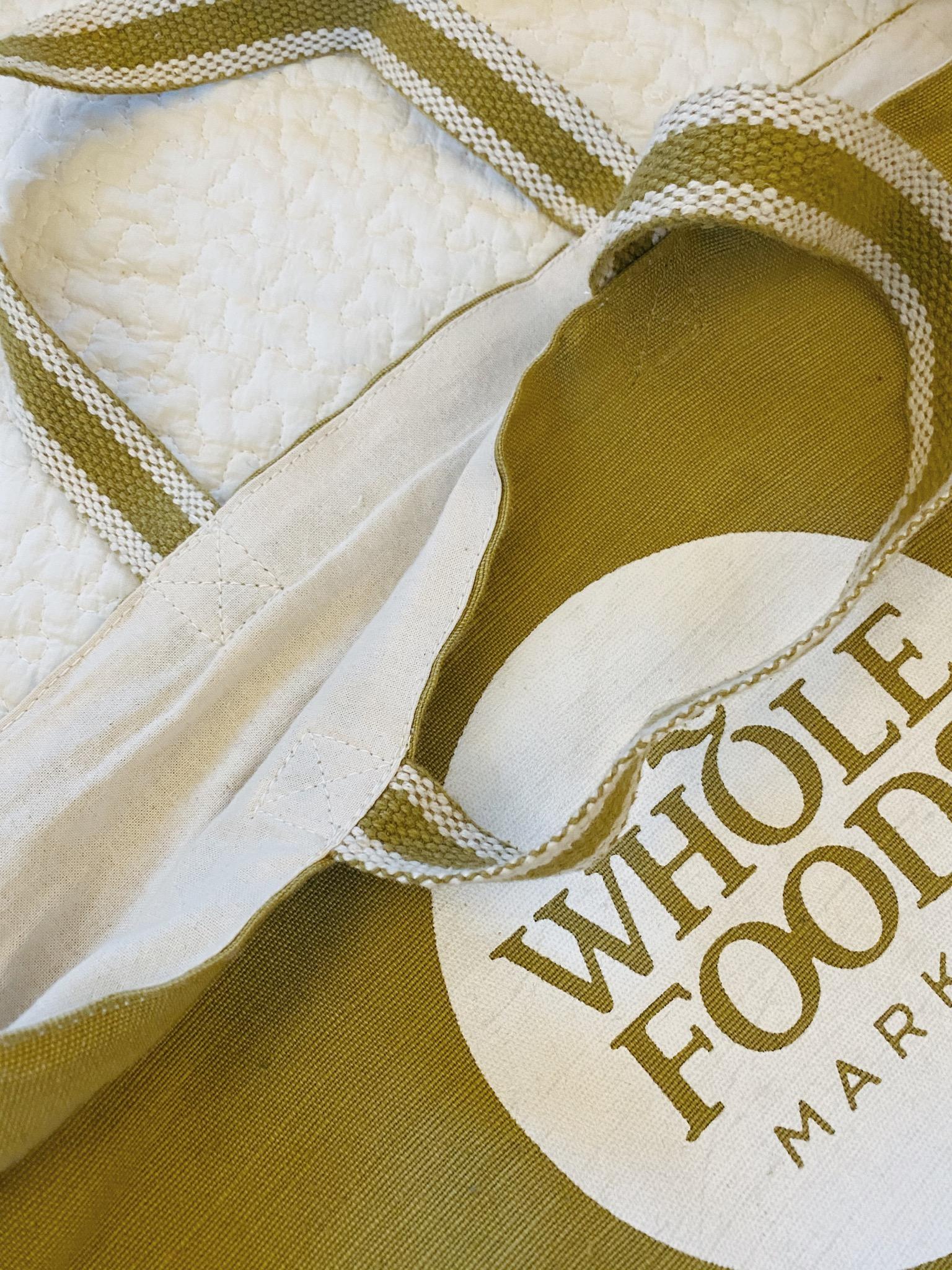 【エコバッグ】しっかり素材の『Whole Foods』で大容量に高見え_2