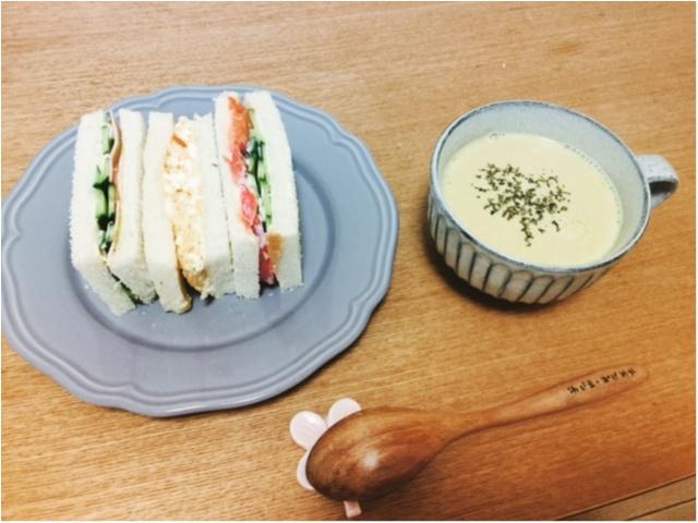 朝ごはん!サンドイッチ(^∇^)ニトリとIKEAのお皿を使いました◎_1
