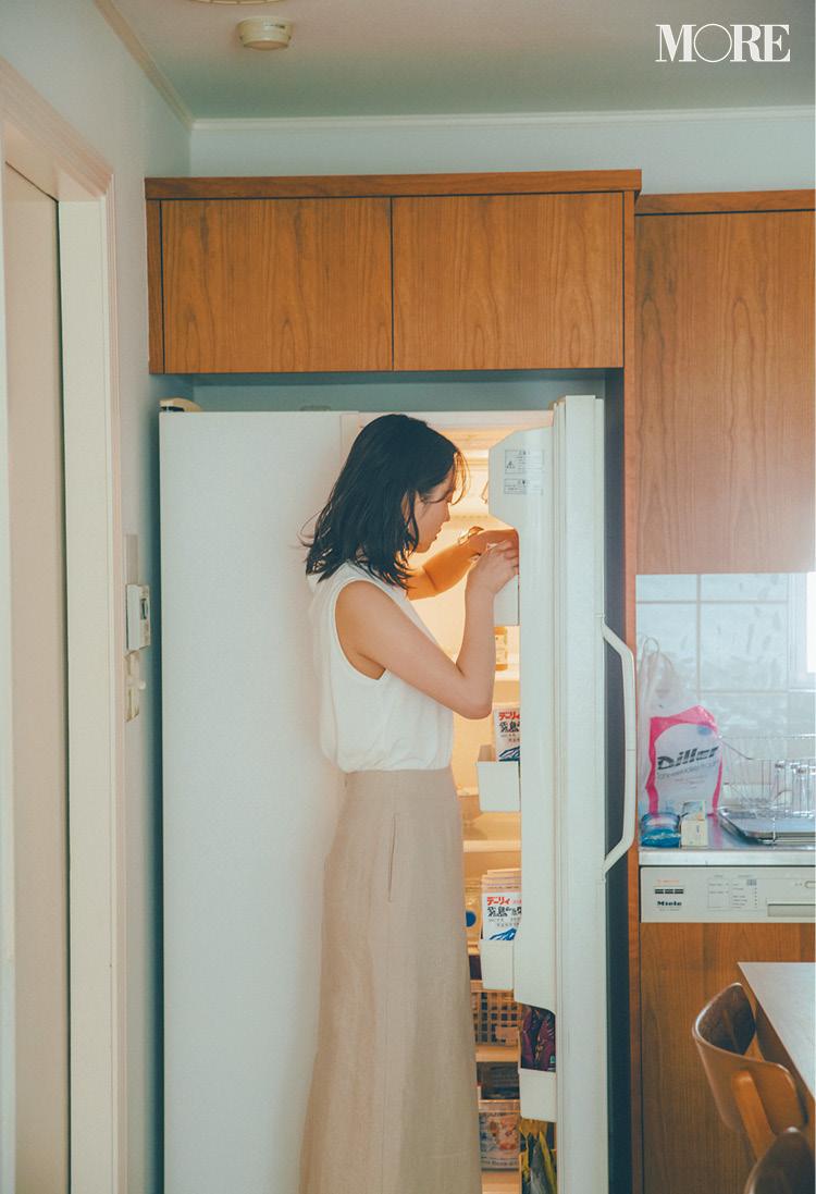 白T×パンツのマンネリ打破!「女っぽさをひとつ重ねる」がこの夏の常識♡その方法って?記事Photo Gallery_1_3