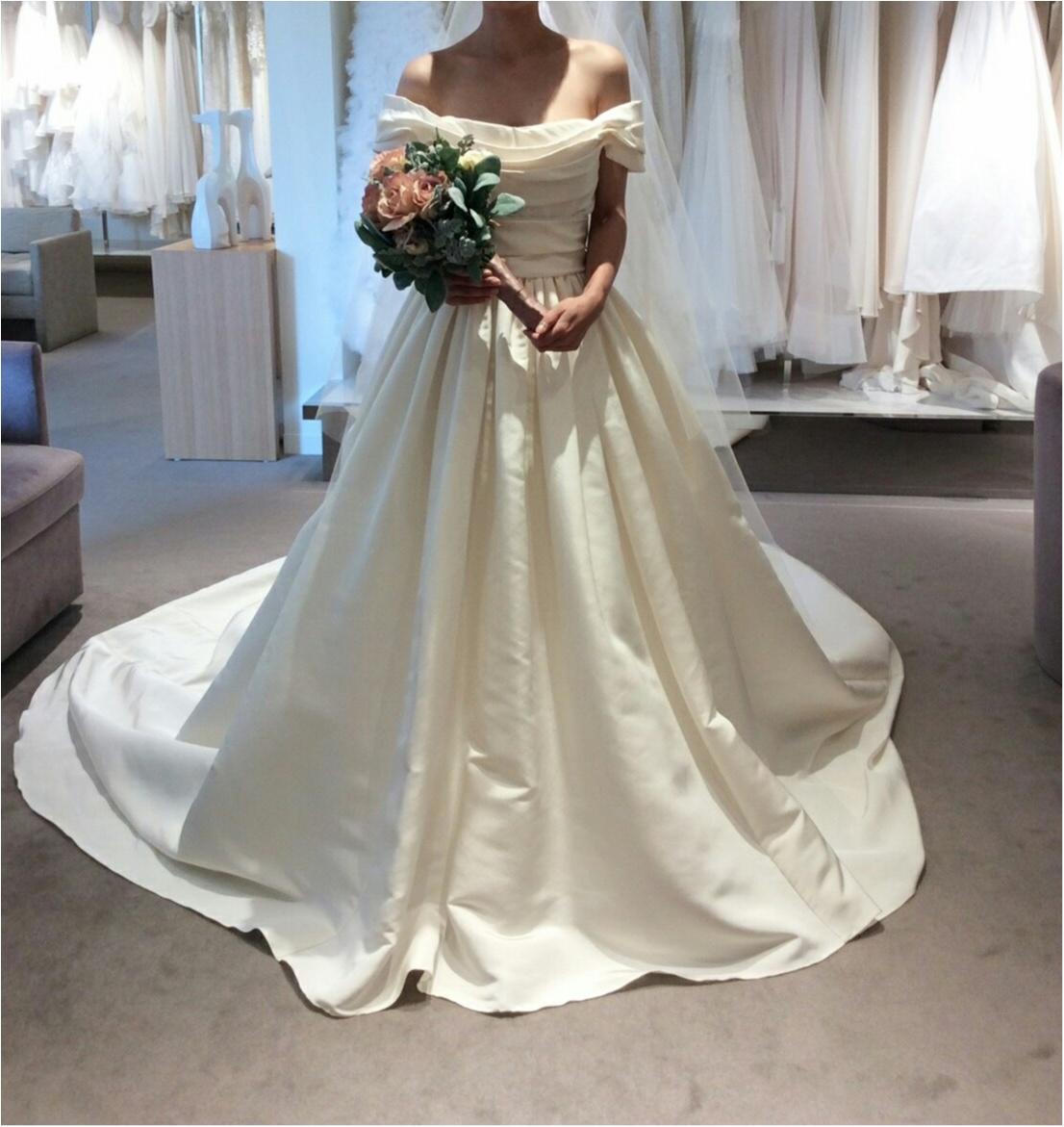 卒花さんに聞く【ドレス特集】-  結婚式・二次会におすすめ! プレ花嫁さんに人気のおしゃれなウェディングドレスは?_6