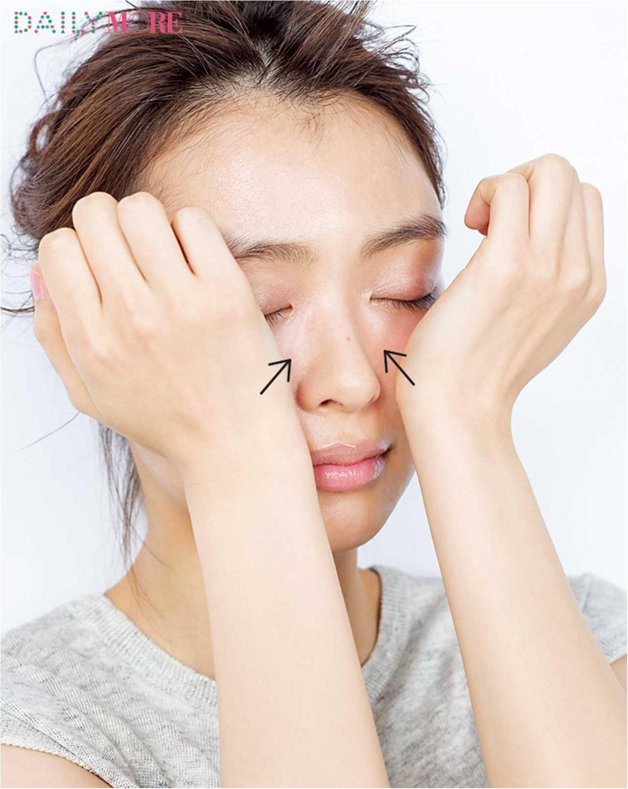 エラ張りの悩みを解消して小顔になれるテク - エラの張りがカバーできる前髪や眉メイク、セルフコルギ(マッサージ)など_14