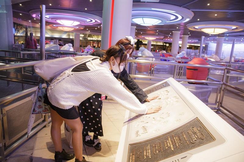『東京ディズニーランド』の新アトラクション「ベイマックスのハッピーライド」 体験レポ♪ 面白さがハンパじゃない!_3