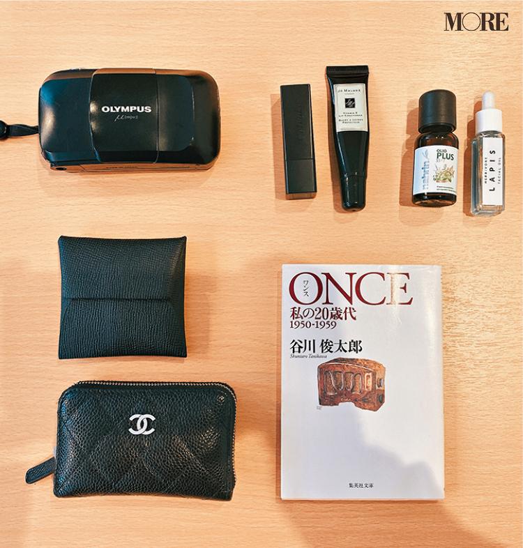 内田理央は『バレンシアガ』を愛用中♡ モアモデルのバッグ&バッグの中身を大公開‼︎ PhotoGallery_1_6