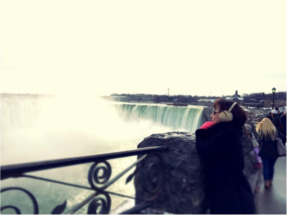 【現地レポート】大晦日は心洗われるナイアガラの滝へ_13