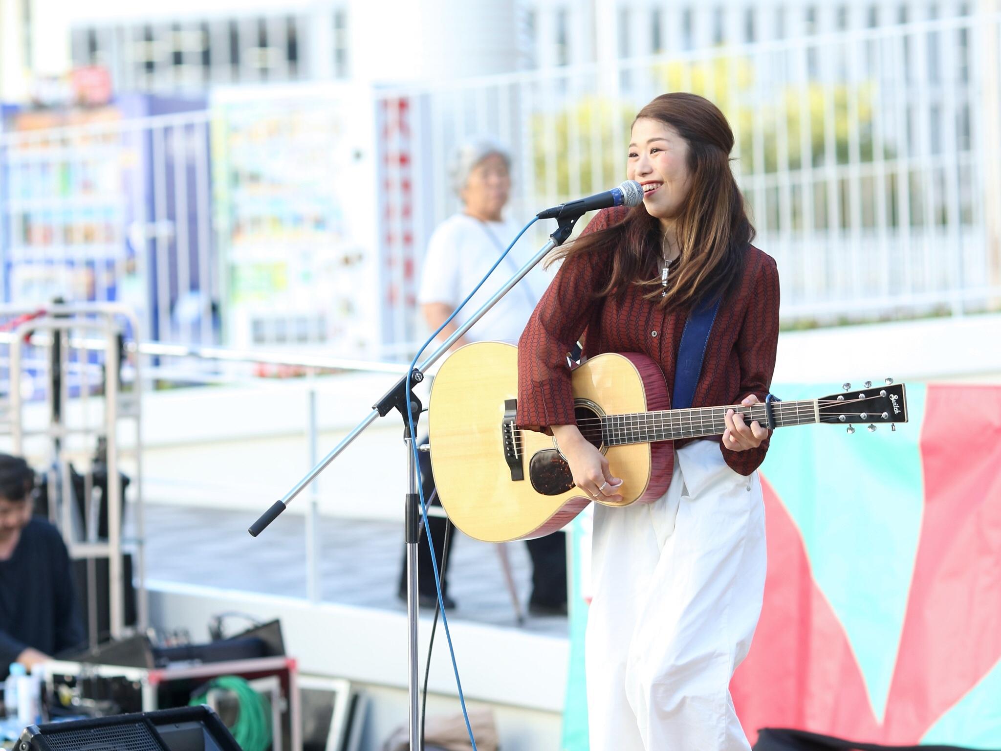 【そろそろ 秋服】シンガーソングライターうたうゆきこのLive photo【ファッション】_2