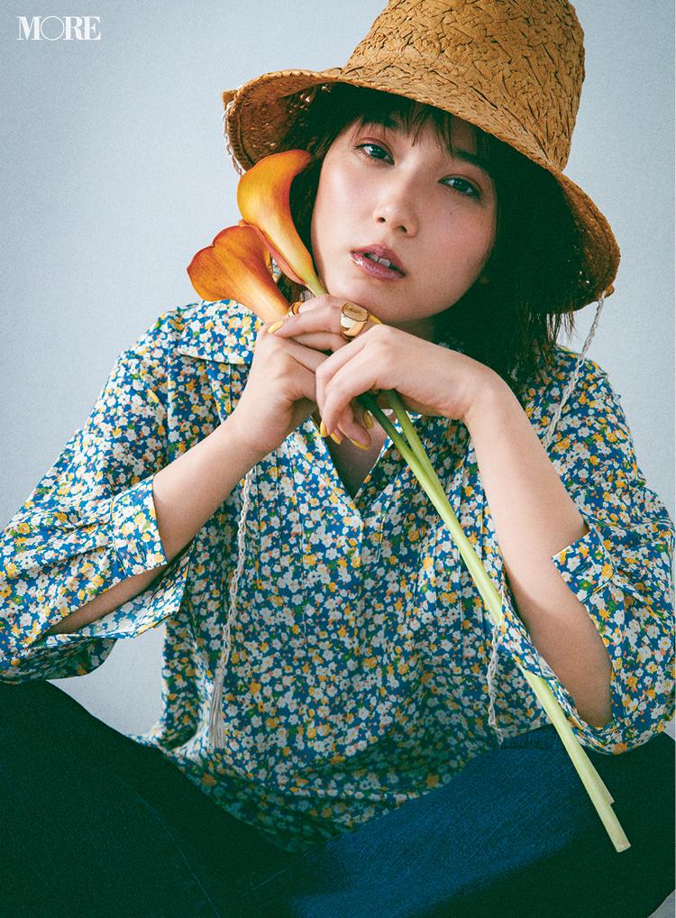 花柄のシャツを着た本田翼