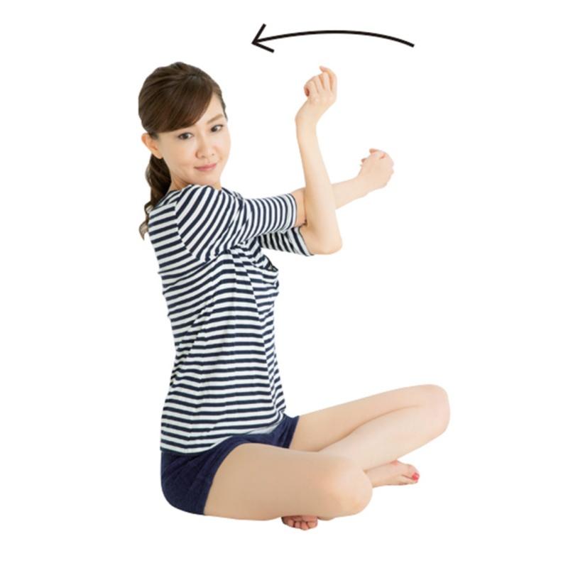 小顔づくりは急がば回れ! 小顔のプロ・貴子先生が教える「25歳からの小顔貯金」エクササイズ♡_4_2