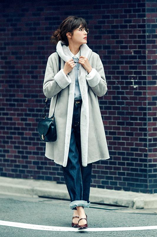【今日のコーデ】冬のデニムスタイルは、最旬アウターで大人可愛くセンスアップ♡_1