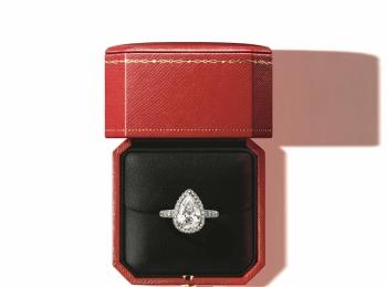 結婚指輪は憧れの『カルティエ』のダイヤモンド! 今ならオリジナルギフトがもらえる特典も