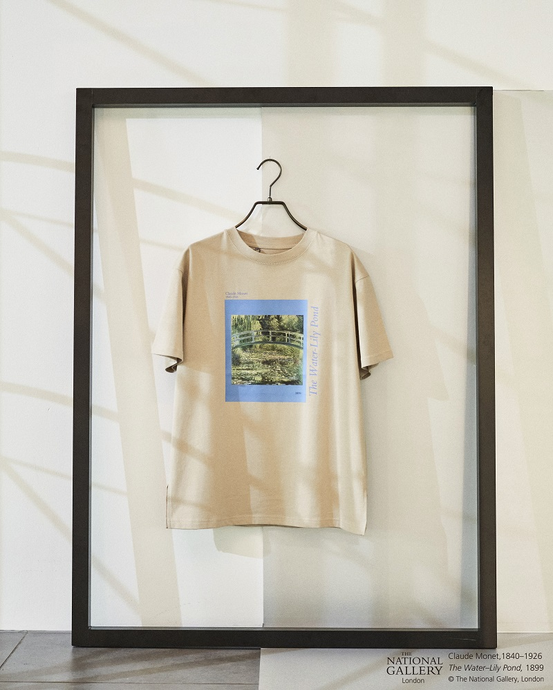 リリーブラウンのコラボTシャツ、モネの絵画