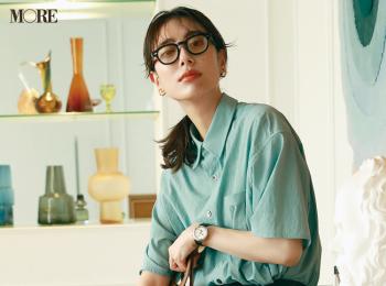 【今日のコーデ】<土屋巴瑞季>流行のスリット入りパンツはシャツコーデで着こなすのが素敵!