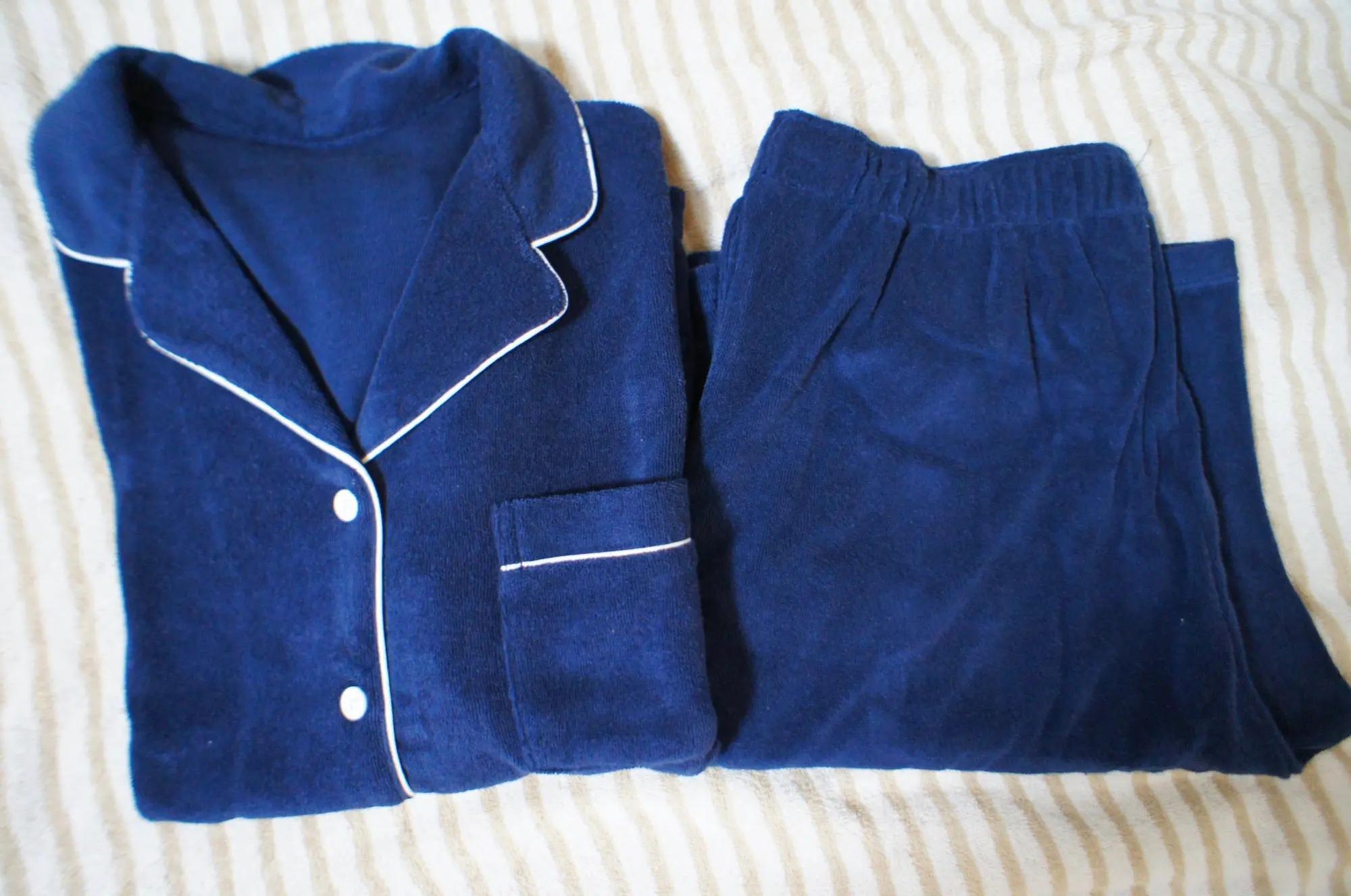 『ユニクロ』×『シュウ ウエムラ』のコラボTシャツがシンプルおしゃれ♪【今週のMOREインフルエンサーズファッション人気ランキング】_2