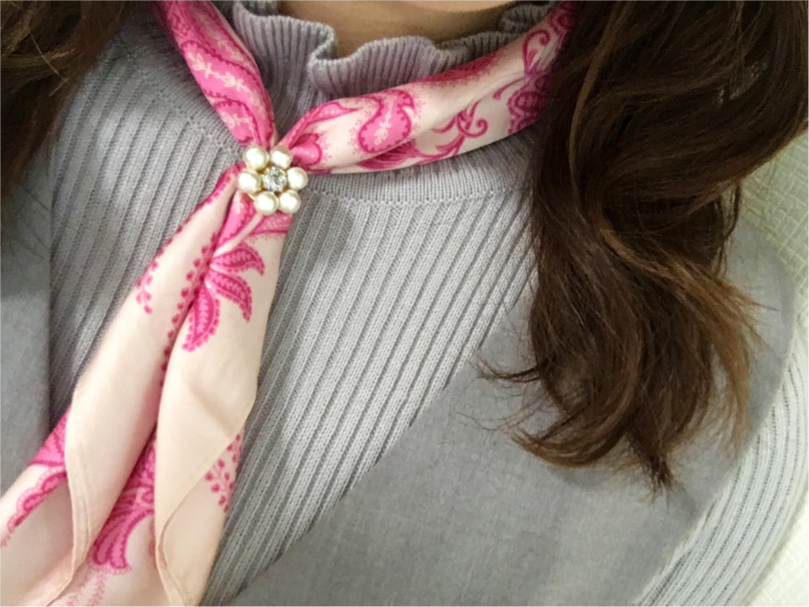 肌寒い日にもぴったり❤️これ1つでこなれ感アップの《スカーフアレンジ》_3