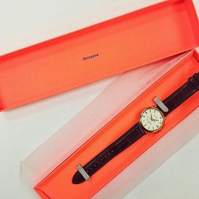 手元のいい女度がぐんと上がる♡ みんな大好き『シンゾーン』から、ブランド初となるオリジナル腕時計が登場_1
