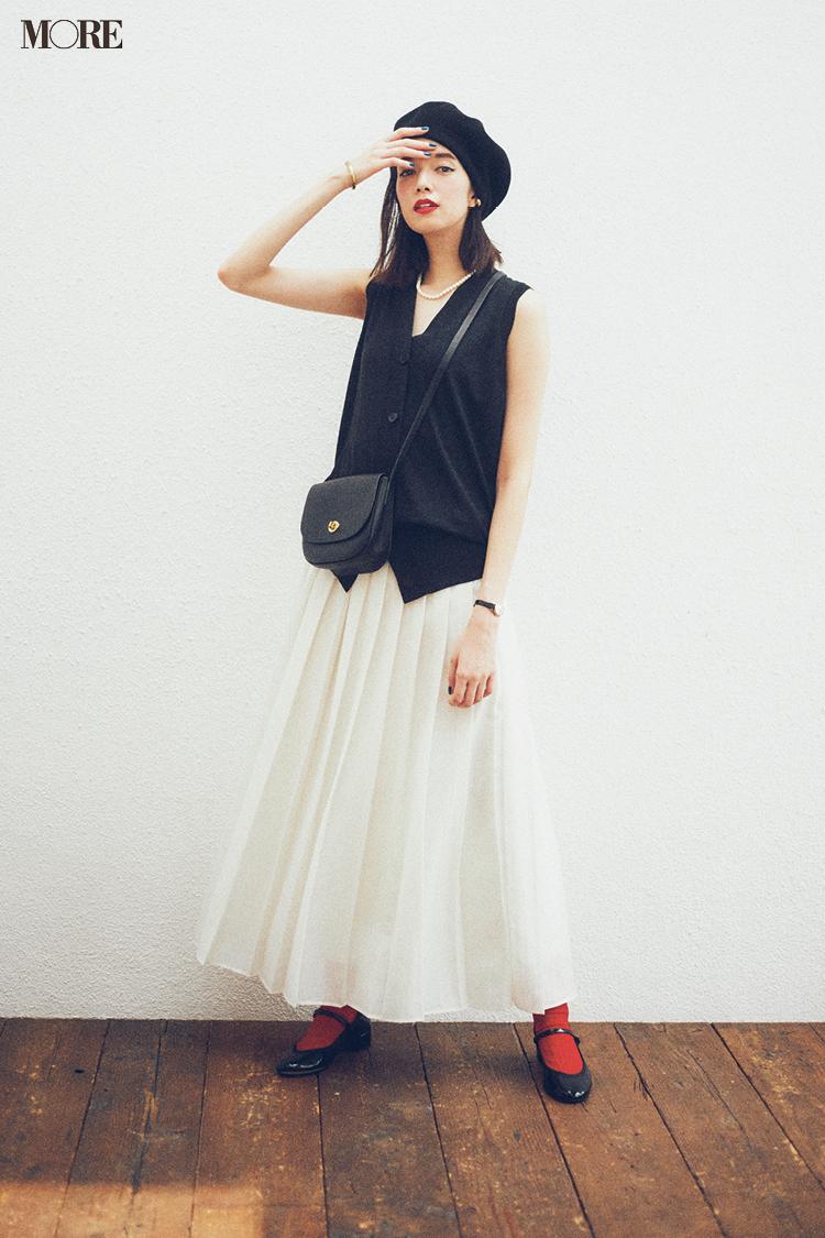 【今日のコーデ】<佐藤栞里>女子会で一目置かれる新しさ!プリーツスカートにニットベストでおしゃれ感をアピって_1
