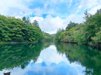 【軽井沢・日帰り紅葉旅におすすめ】リフレクションが美しい「雲場池」★
