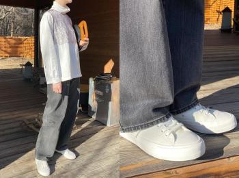 『ユニクロ ユー』の新作スニーカーをはいてみた!