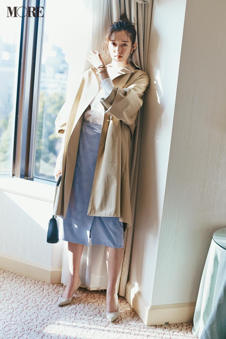 ベージュコーデ特集(20代後半女子向け)- 春におすすめのワンピースやスカート、靴などのコーディネートまとめ_18