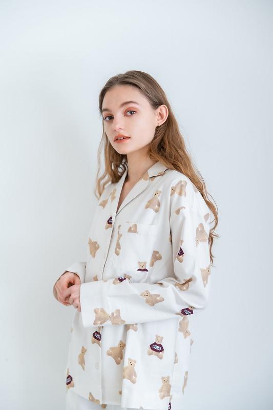 ベアネルシャツパジャマのコーディネート