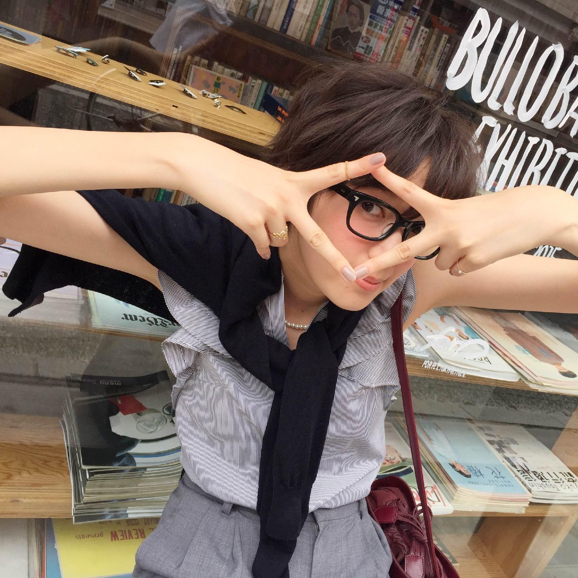 【緊急NEWS】「キャラオケ18番」に栞里&ありさ、「行列のできる法律相談所」に栞里が登場!_2
