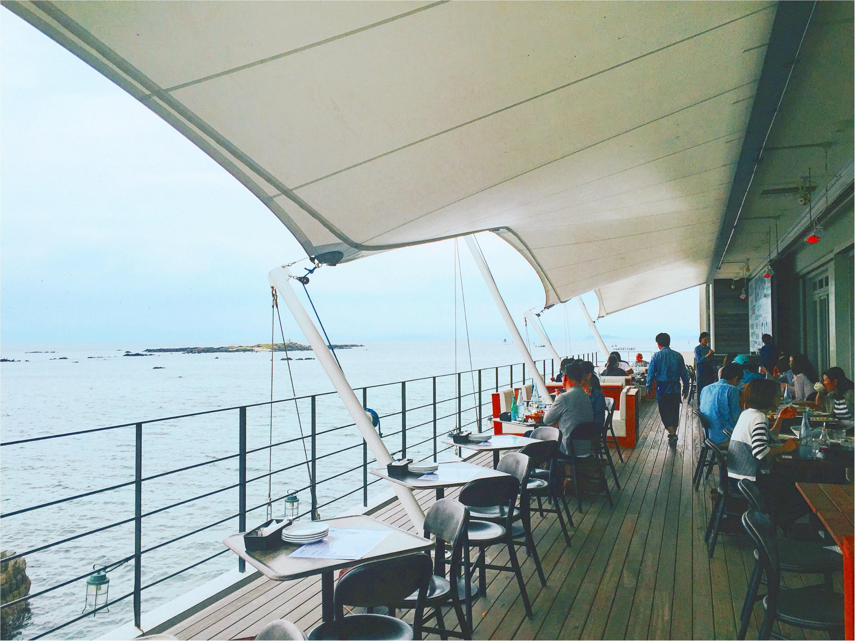 まるで海上レストラン!?海が目の前に広がるテラス席♡三浦半島の【MARINE & FARM(マリンアンドファーム)】が大人気なワケ♡_4